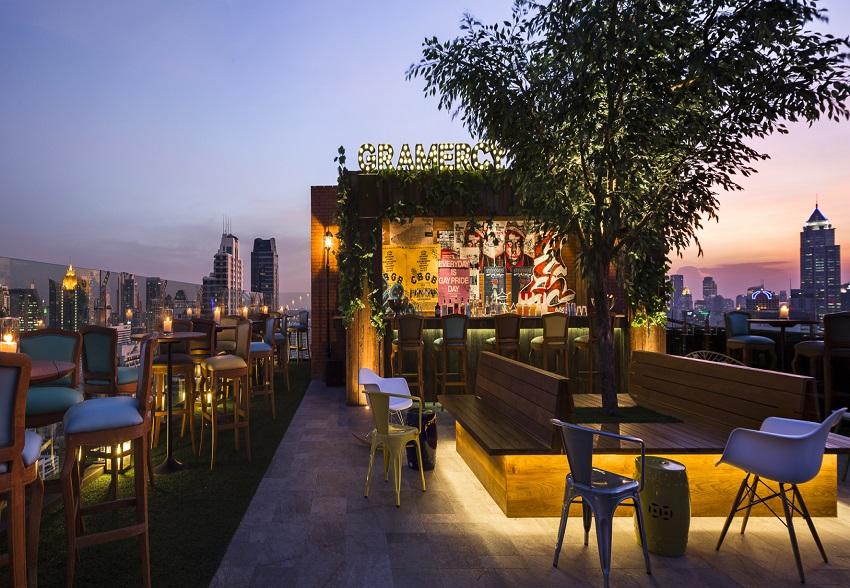 Kitchen Cafe Rooftop Restaurant